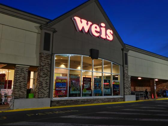 Price Cuts Help Boost Weis' Q1 Sales, Comps